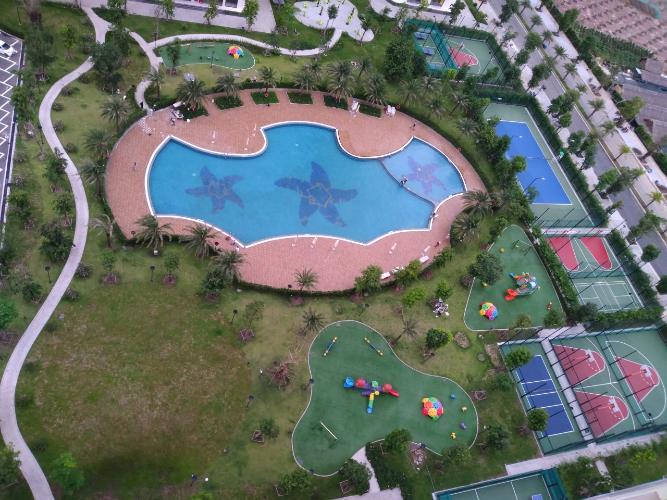 View Vinhomes Grand Park Quận 9 Căn hộ Vinhomes Grand Park tầng trung, đón view thoáng mát.