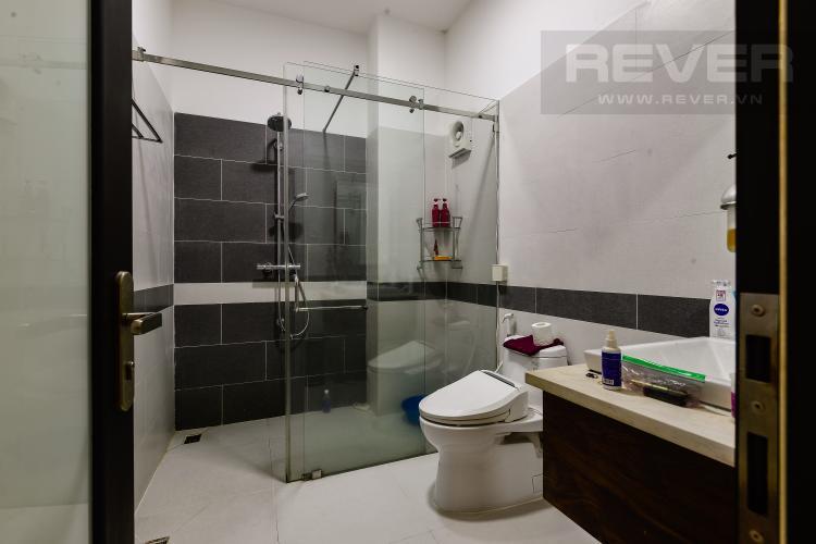 Toilet 1 Cho thuê nhà phố 5 tầng, tọa lạc trên đường số 33, Phường Bình An, Quận 2