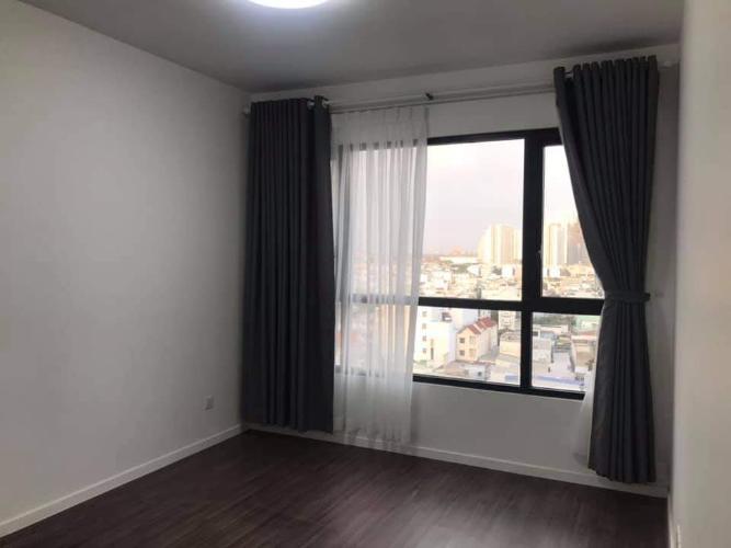 Phòng ngủ căn hộ Riviera Point Căn hộ Riviera Point nội thất cơ bản, view thành phố sầm uất.