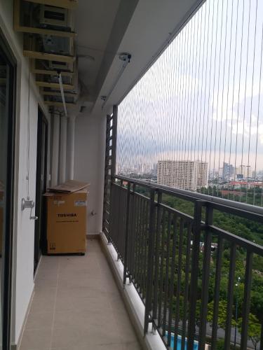 VIEW  căn hộ The Sun Avenue Căn hộ The Sun Avenue đầy đủ nội thất, view thành phố thoáng mát.