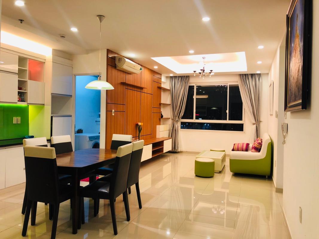 living room 1 Bán hoặc cho thuê căn hộ Tropic Garden 2PN, tầng 22, tháp C2, đầy đủ nội thất, hướng Tây Bắc
