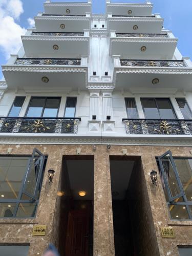 Bán nhà cách công viên Gia Định 500m, sổ hồng đầy đủ, diện tích đất 53.1m2.