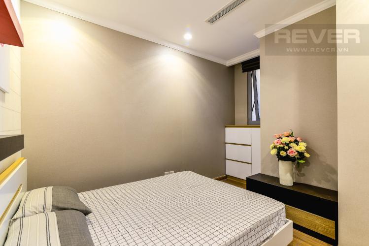 Phòng Ngủ 2 Căn hộ Vinhomes Central Park 2 phòng ngủ tầng cao L1 hướng Nam