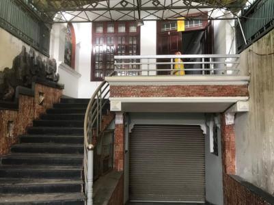 Bán nhà mặt tiền đường Dương Đình Hội, Quận 9, sổ hồng, kết cấu 3 tầng, cách Đỗ Xuân Hợp 450m
