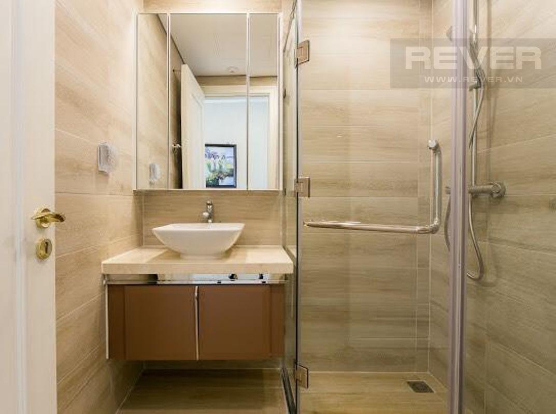 93553df2e7af01f158be Cho thuê căn hộ Vinhomes Golden River 2PN, tầng cao, tháp The Aqua 2, đầy đủ nội thất, view sông và tháp Landmark 81