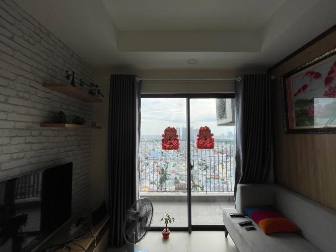 Phòng khách căn hộ M-One Nam Sài Gòn, Quận 7 Căn hộ M-One Nam Sài Gòn bàn giao đầy đủ nội thất, view thành phố.