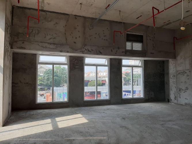 Căn hộ Phú Mỹ Hưng Midtown thô  Shop-house Phú Mỹ Hưng Midtown thô, dễ dàng lên ý tưởng concept riêng.