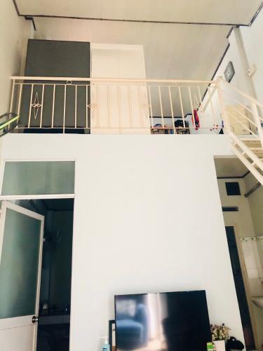 Nhà phố Gò Vấp Bán nhà 3 tầng hẻm Nguyên Hồng, Gò Vấp, nội thất cơ bản, cách MT Phan Văn Trị khoảng 150m