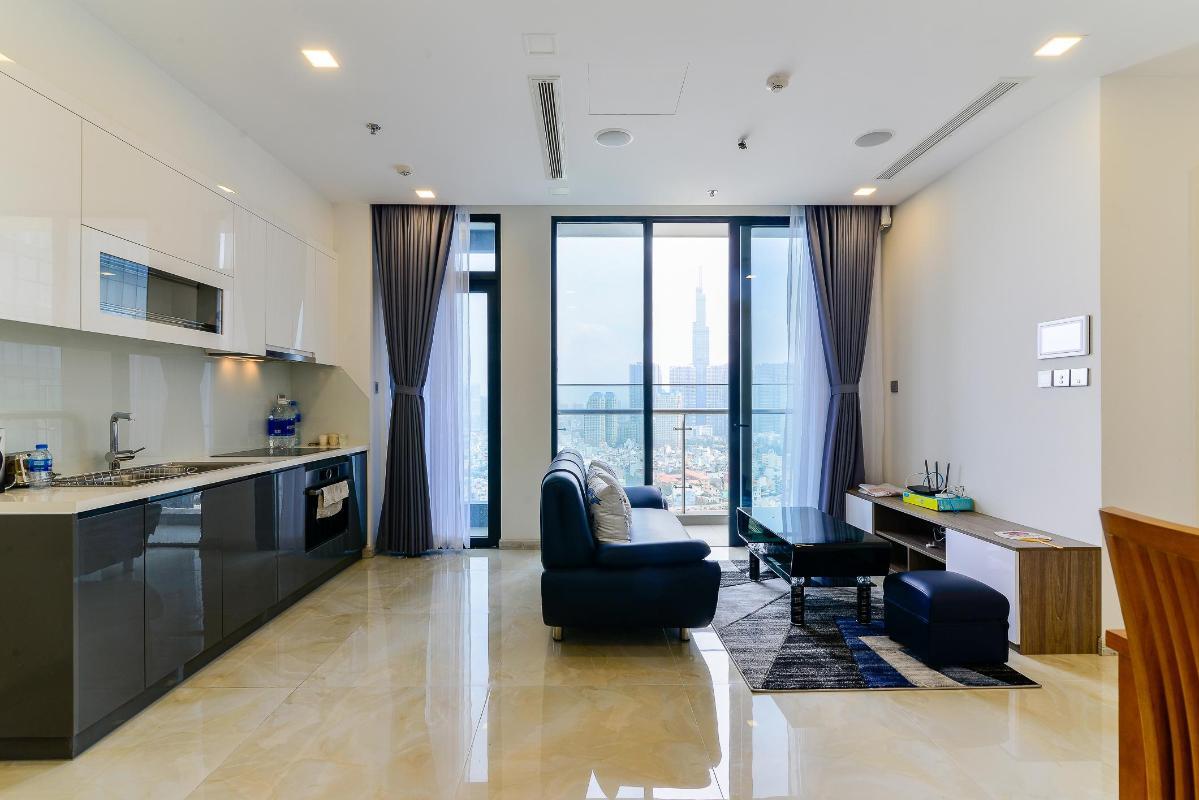 1 Cho thuê căn hộ Vinhomes Golden River 2PN, tầng trung, đầy đủ nội thất, view sông và Landmark 81