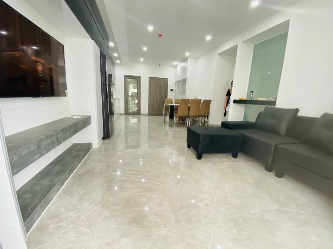 Căn hộ Saigon South Residence tầng cao, đầy đủ nội thất, 3 phòng ngủ.