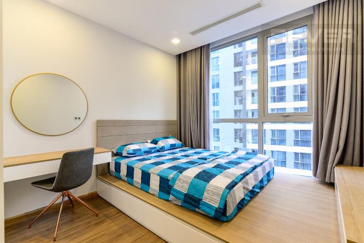 Phòng Ngủ 2 Căn hộ Vinhomes Central Park tầng cao, 2PN, đầy đủ nội thất, view hồ bơi