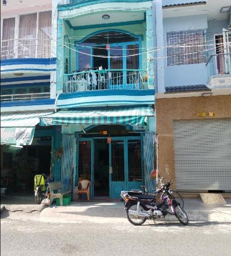 Mặt tiền nhà phố Hồng Bàng, Quận 6 Nhà phố hướng Tây Bắc, khu dân cư sầm uất, diện tích 36.4m2.