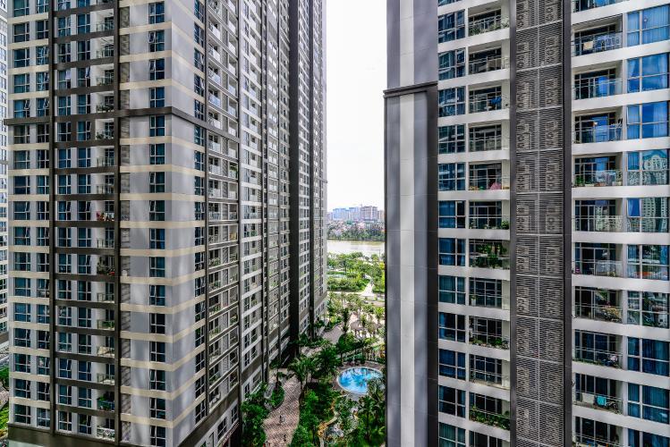 View Căn hộ Vinhomes Central Park 2 phòng ngủ tầng trung P7 hướng Đông Nam
