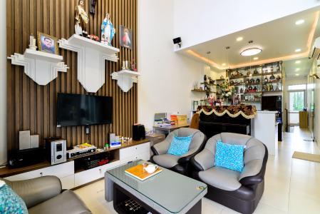 Bán nhà phố 3 tầng, đường Cao Đức Lân, An Phú, Quận 2, đầy đủ nội thất, sổ hồng chính chủ