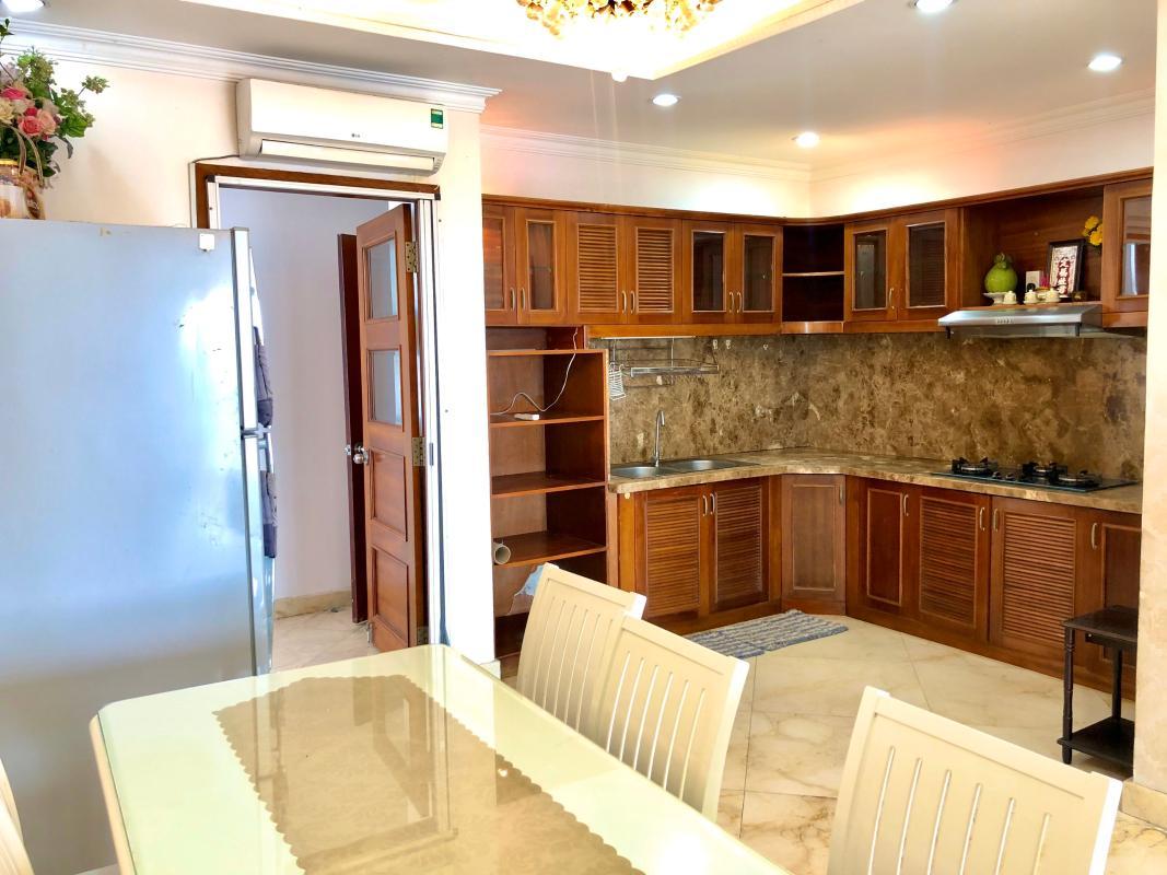 chung-cu-hoang-anh-gia-lai-3-phong-bep Bán hoặc cho thuê căn hộ duplex 5PN Hoàng Anh Gia Lai 3, tầng trung, diện tích 242m2, đầy đủ nội thất