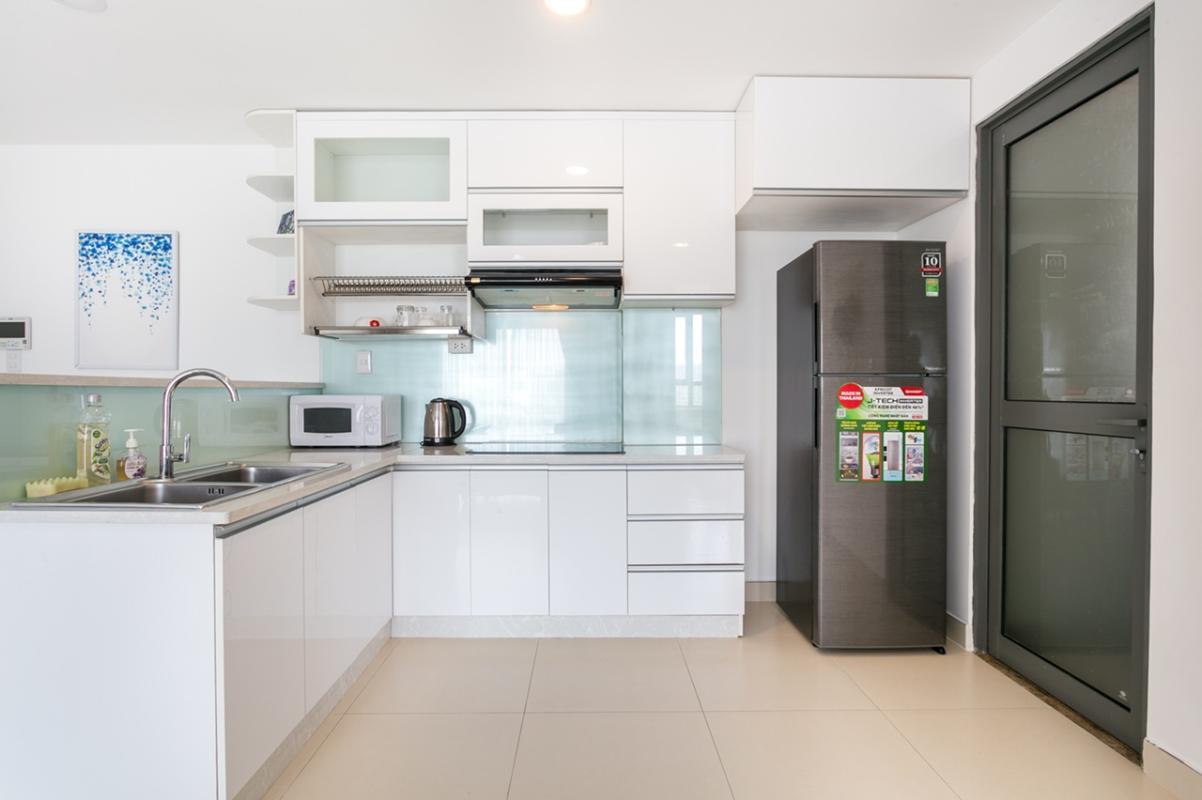 5e877fc1bb265d780437 Bán căn hộ Masteri Thảo Điền 2PN, tầng thấp, diện tích 74m2, đầy đủ nội thất, view trực diện hồ bơi