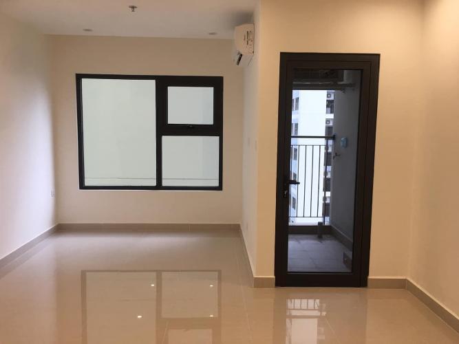 Phòng khách căn hộ Vinhomes Grand Park Căn hộ Studio Vinhomes Grand Park tầng 24 ban công Đông Bắc