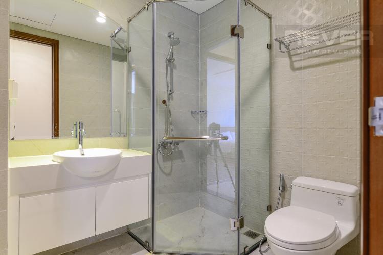 Phòng Tắm 1 Cho thuê căn hộ Vinhomes Central Park 2PN 2WC, nội thất cơ bản, view sông