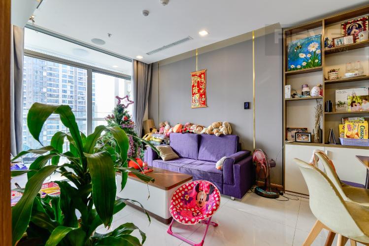 Phòng Khách Căn hộ Vinhomes Central Park tầng cao, 2PN, đầy đủ nội thất
