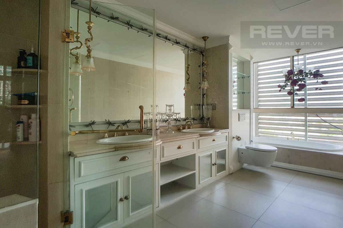 Phòng tắm Master Bán hoặc cho thuê căn hộ sân vườn The Vista An Phú 3PN, tháp T3, diện tích 220m2, đầy đủ nội thất