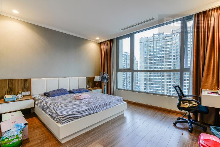 Phòng  Ngủ 1 Căn hộ Vinhomes Central Park 3 phòng ngủ tầng cao C3 nội thất đầy đủ