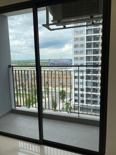 Lô gia Vinhomes Grand Park Quận 9 Căn hộ Vinhomes Grand Park tầng 13 nội thất cơ bản.