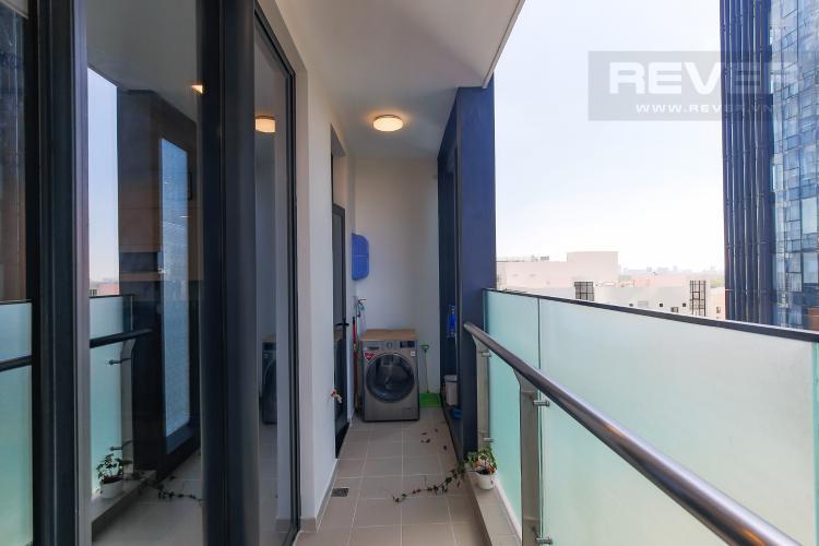 Balcony Căn hộ Vinhomes Golden River tầng thấp, 3PN, nội thất đầy đủ