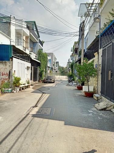 Đường nhà phố Trường Lưu, Quận 9 Nhà phố hẻm 6m hướng Đông, thiết kế đại sang trọng.