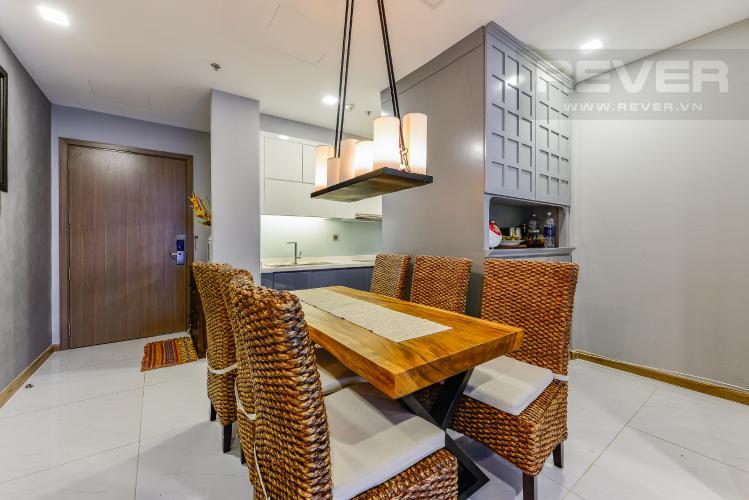 Bàn ăn Căn hộ Vinhomes Central Park tầng trung, tháp Park 5, 2 phòng ngủ, full nội thất