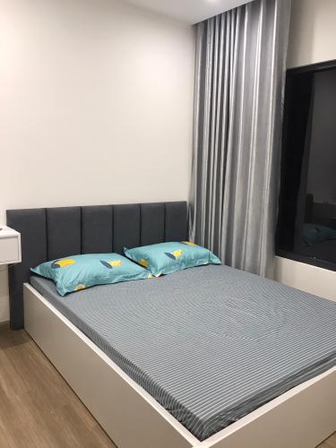Phòng ngủ căn hộ Vinhomes Grand Park Căn hộ tầng cao Vinhomes Grand Park nội thất đầy đủ, view nội khu.