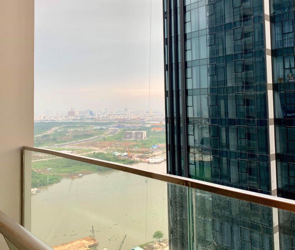 6 Bán căn hộ Vinhomes Golden River 1 phòng ngủ, tầng cao, đầy đủ nội thất, view sông Sài Gòn