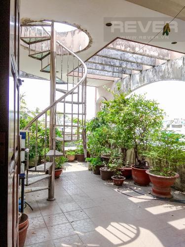 Sân Vườn Bán nhà phố đường Hàn Hải Nguyên 47.9m2, 4 tầng 6PN 4WC, nội thất cơ bản