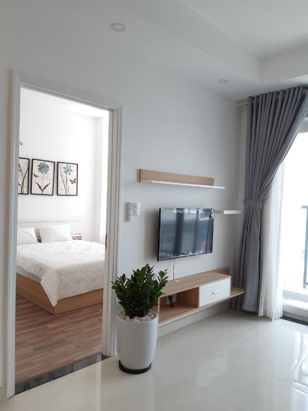 b13ffcad8e8a6dd4349b Bán căn hộ Masteri Millennium 2PN, tầng cao, đầy đủ nội thất, view thành phố thoáng mát