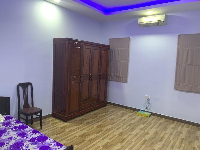 Phòng ngủ nhà phố đường Lam Sơn, Tân Bình Nhà phố hướng Đông Nam diện tích 60m2, vị trí thuận tiện kinh doanh.