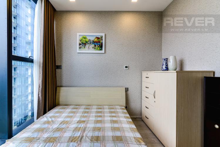 Phòng Ngủ 2 Căn hộ Vinhomes Golden River tầng thấp, tháp Aqua 1, 2 phòng ngủ, view sông