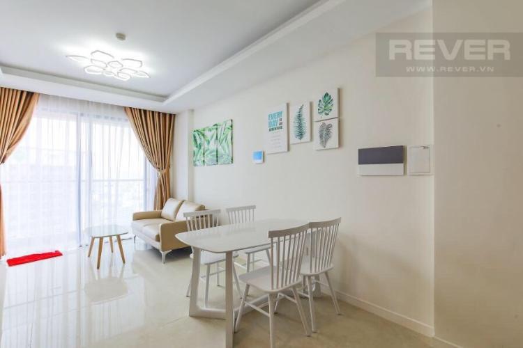 Phòng khách căn hộ Masteri Millennium, Quận 4 Căn hộ Masteri Millennium bàn giao đầy đủ nội thất, tầng cao.