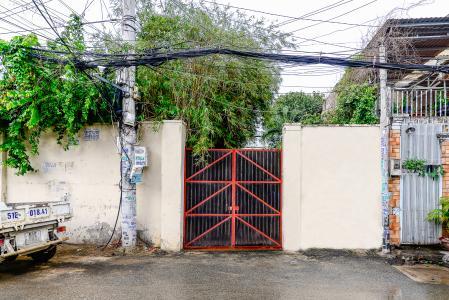Nhà phố 4 phòng ngủ hẻm đường Nguyễn Văn Đậu nội thất đầy đủ