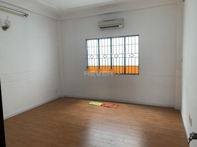 Phòng ngủ nhà phố Thích Quảng Đức, Phú Nhuận Nhà phố hẻm 4m hướng Tây Nam, bàn giao sổ hồng riêng.