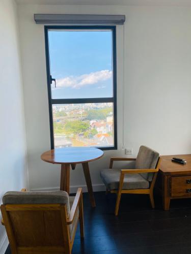 View từ căn hộ The Sun Avenue Bán căn hộ The Sun Avenue nội thất cao cấp, view thành phố.