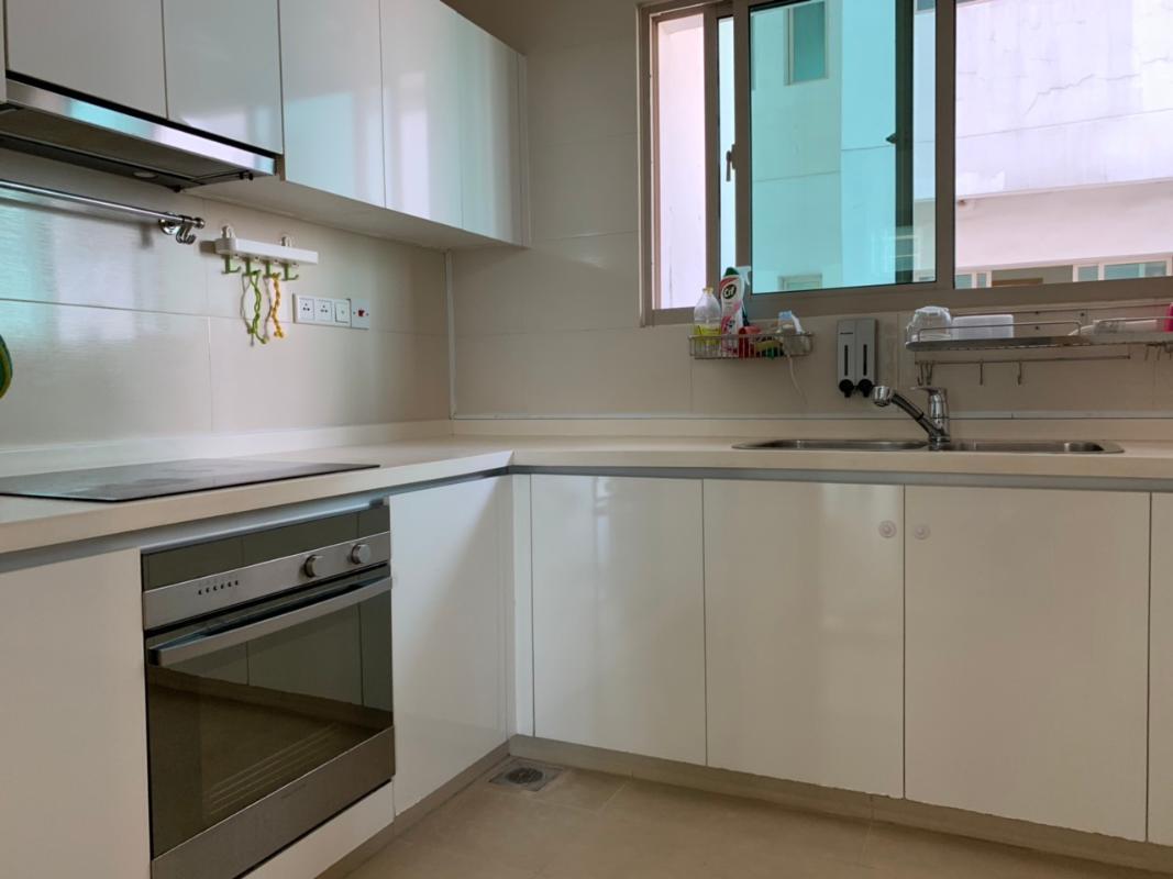 Bếp Bán hoặc cho thuê căn hộ The Vista An Phú 4PN, tháp T3, diện tích 172m2, đầy đủ nội thất