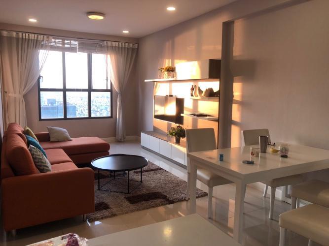 Căn hộ Icon 56 tầng cao đón view thành phố, đầy đủ nội thất.
