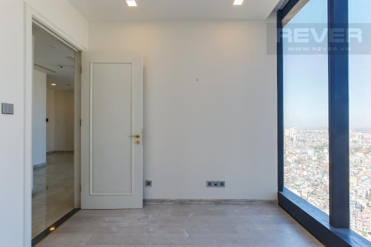 Phòng Ngủ 2 Căn hộ Vinhomes Golden River tầng cao, 2PN, nội thất cơ bản