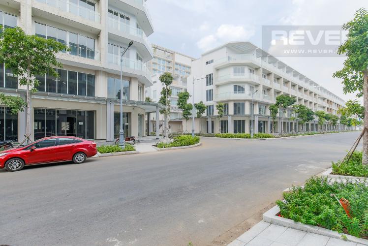 Mặt trước Cho thuê căn hộ shophouse Sarimi Sala Đại Quang Minh, diện tích 456m2, bàn giao hoàn thiện bên ngoài