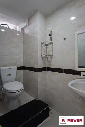 Nhà vệ sinh Chung cư H3 Hoàng Diệu Căn hộ H3 Hoàng Diệu tầng 06 ban công Tây Bắc thoáng gió.