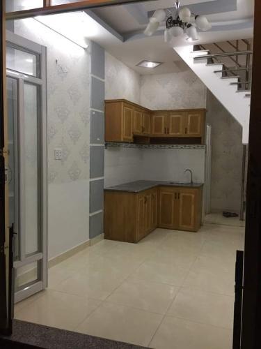 Phòng bếp nhà phố đường Đào Tông Nguyên Nhà phố hướng Đông Bắc kết cấu 1 trệt 2 lầu pháp lý rõ ràng