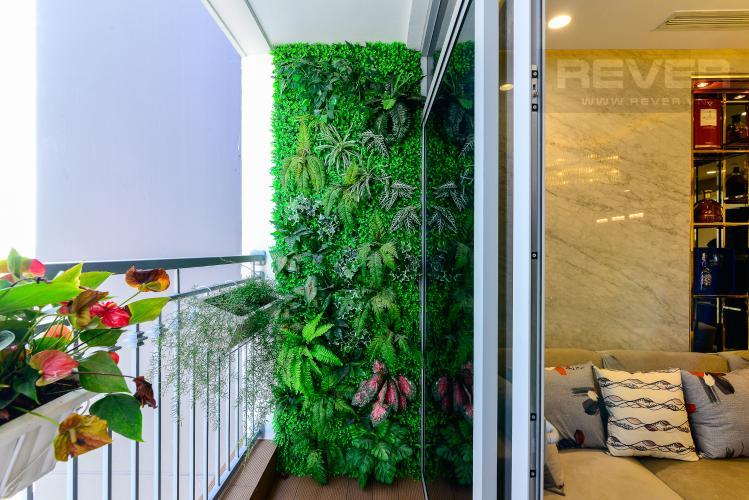 Balcony Căn hộ Vinhomes Central Park tầng cao, 2PN đầy đủ nội thất