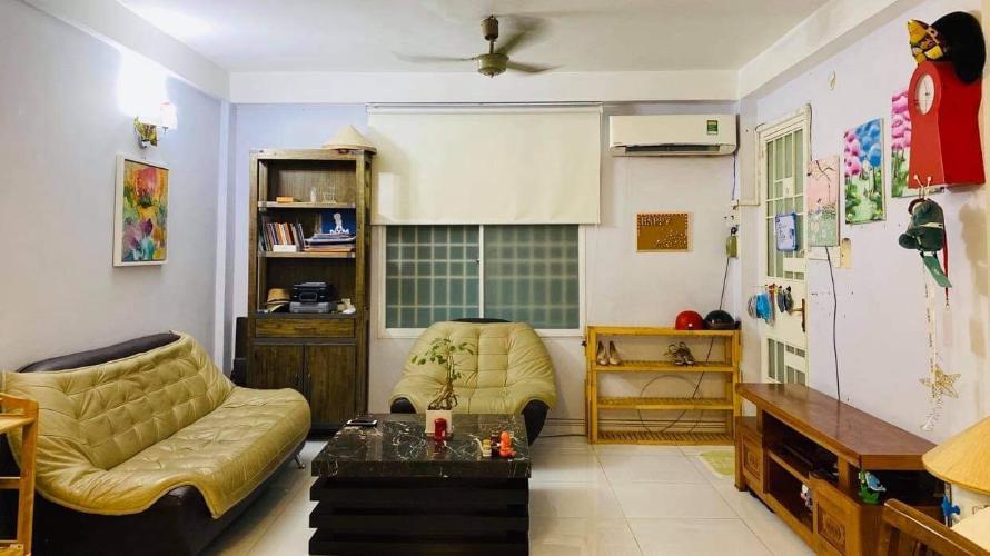 Bán căn hộ Chung cư lô B3, đầy đủ nội thất, đa dạng tiện ích.