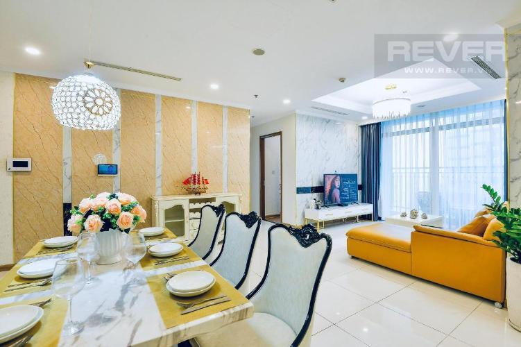 Cho thuê căn hộ Vinhomes Central Park 4PN, đầy đủ nội thất, hướng ban công Đông Nam, view thành phố