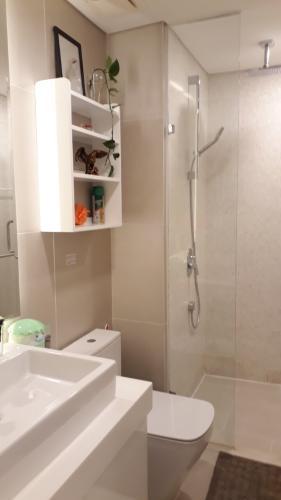 nhà tắm căn hộ Gateway Thảo Điền Căn hộ Gateway Thảo Điền đầy đủ nội thất, view nội khu.