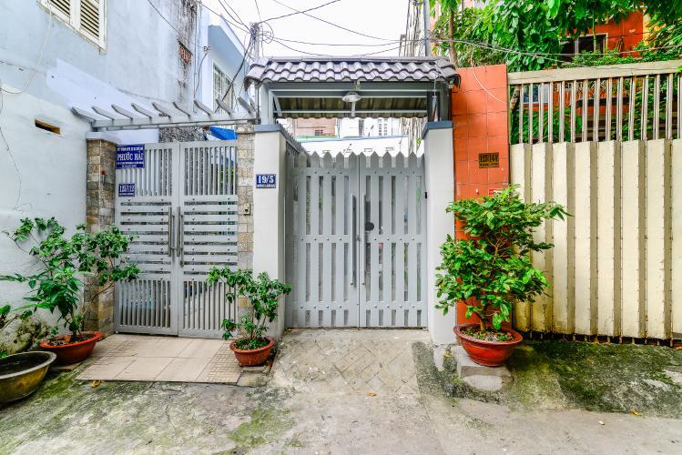 Bán nhà phố Nguyễn Duy sổ đỏ chính chủ, nội thất đầy đủ